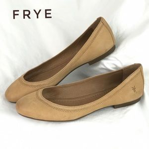 FRYE Leather Ballet Flats in Tan Color - Size 8 M